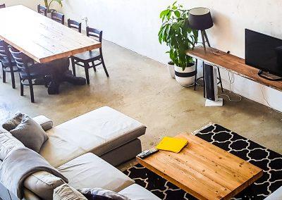 fremantle-loft-pakenham-accommodation-Lounge-2