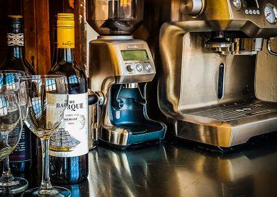 fremantle-loft-pakenham-accommodation-coffee