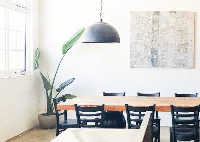 fremantle-loft-pakenham-accommodation-dining